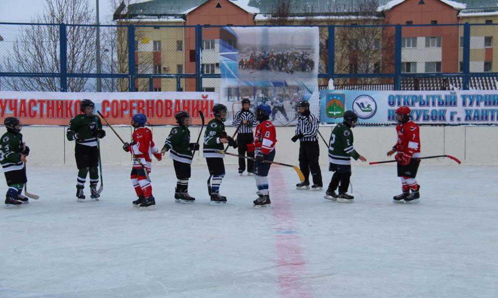 Открытый турнир по хоккею на Кубок города Ханты-Мансийска. Часть 1
