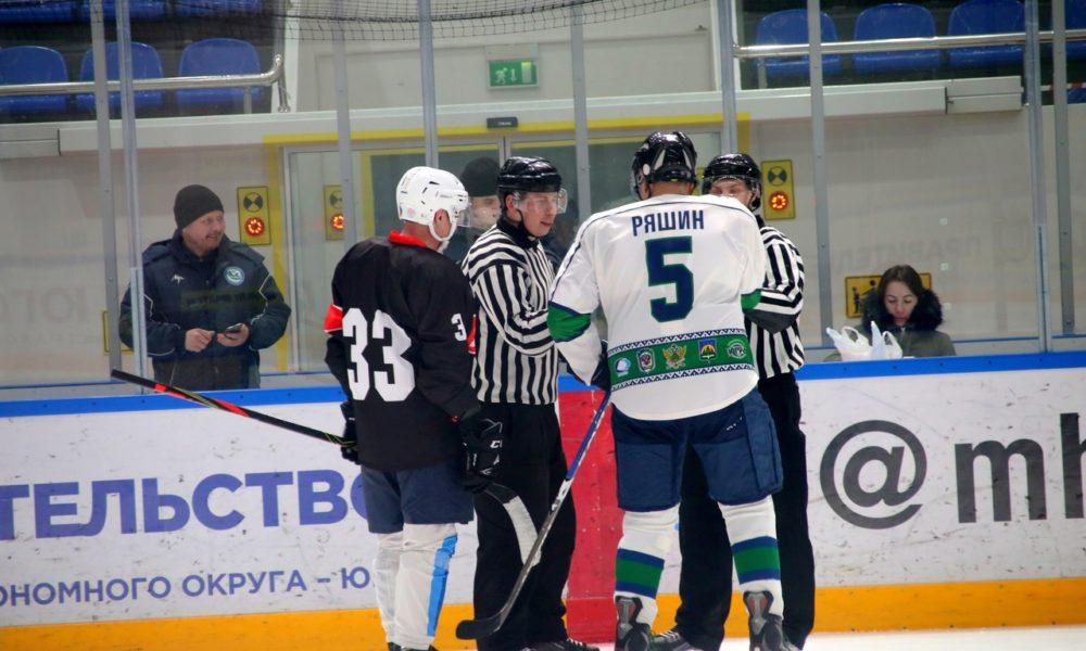 В Ханты-Мансийске стартует Чемпионат города по хоккею (Любитель 40+)